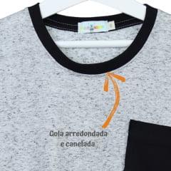 Camisa Infantil Cinza Mescla com Bolso Preto